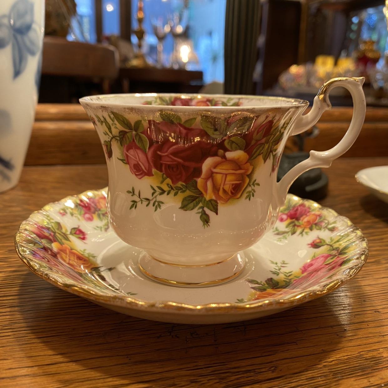 Old Country Roses Royal Albert コーヒーカップソーサー