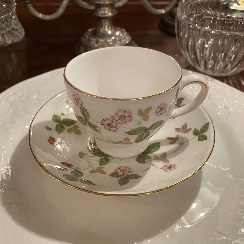 Wild Strawberry ワイルドストロベリー Wedgwood コーヒーカップソーサー