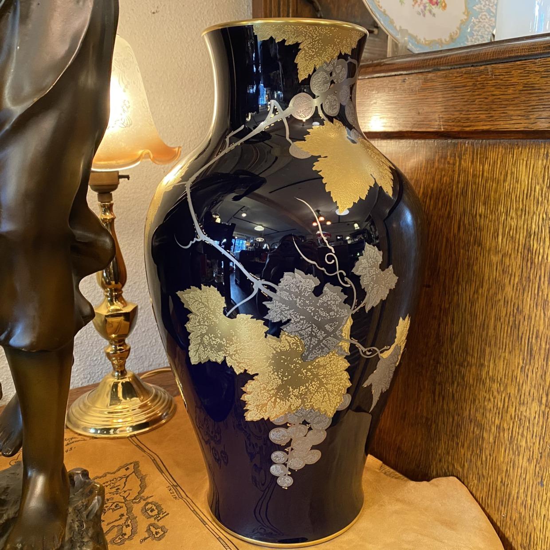 大倉陶園 瑠璃金蝕ぶどう 花瓶